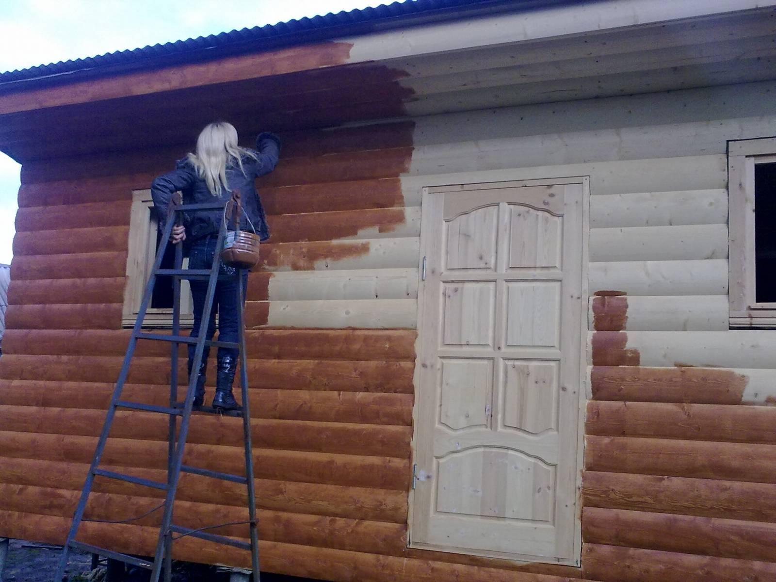 Покраска деревянного дома своими руками фото